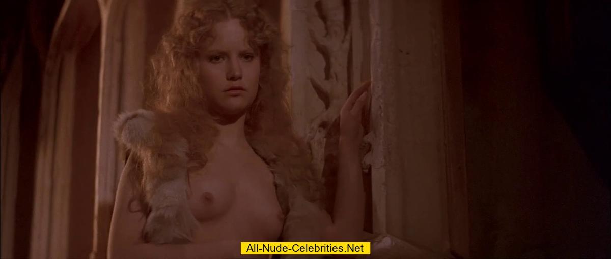 Jennifer Jason Leigh Nude Compilation