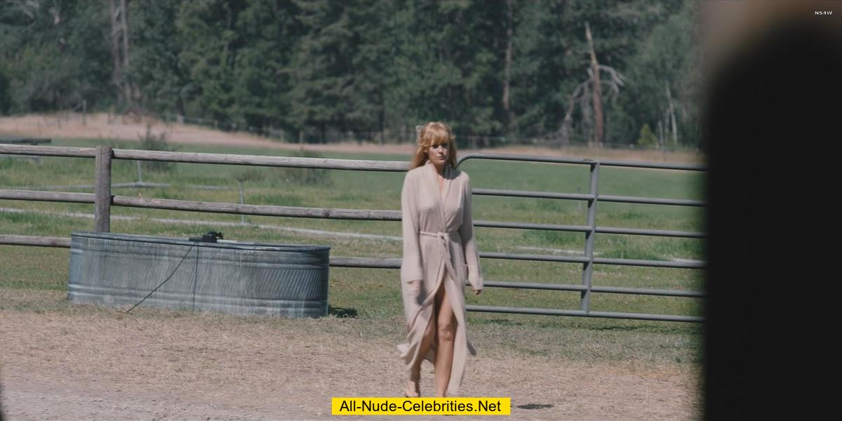 Kelly Reilly naked caps from Yellowstone