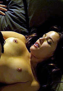 Adriana Ugarte naked in caps from Combustion