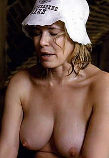 Chelsea Handler nude boobs and ass in sauna