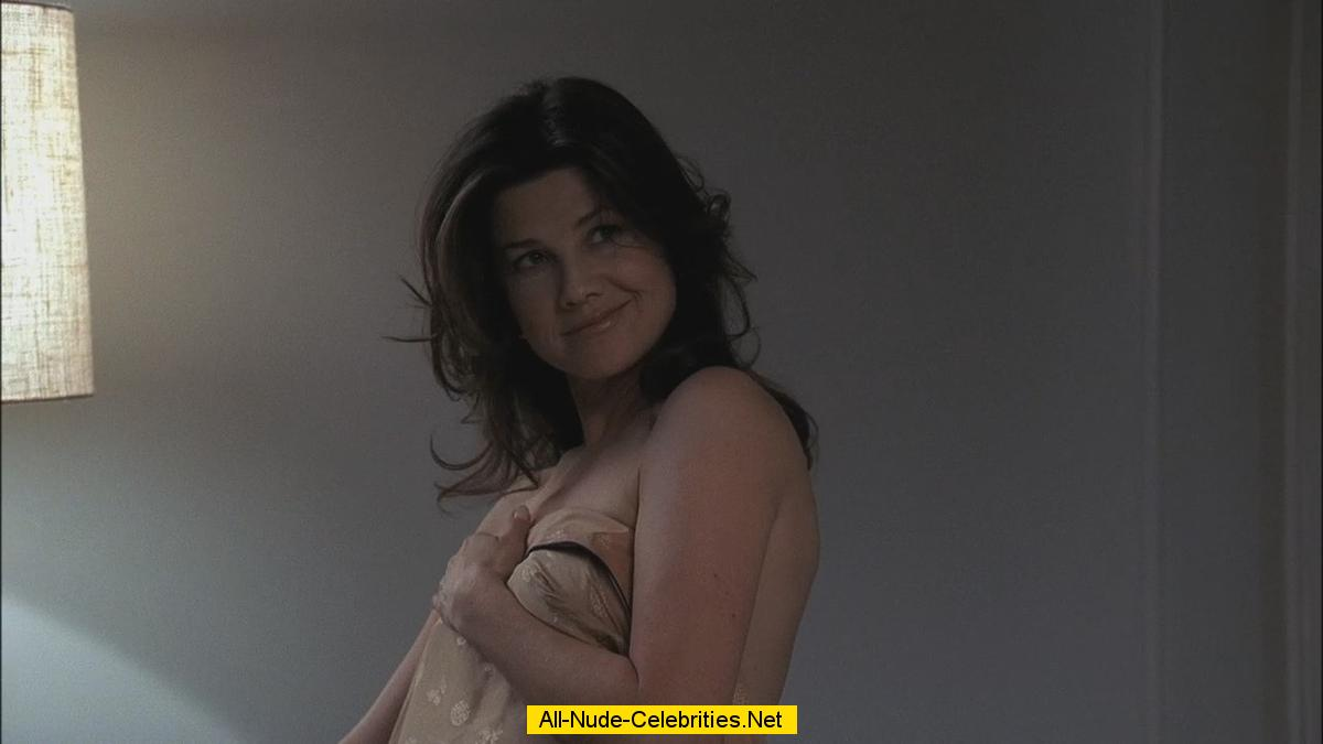 Daphne Zuniga Undressed