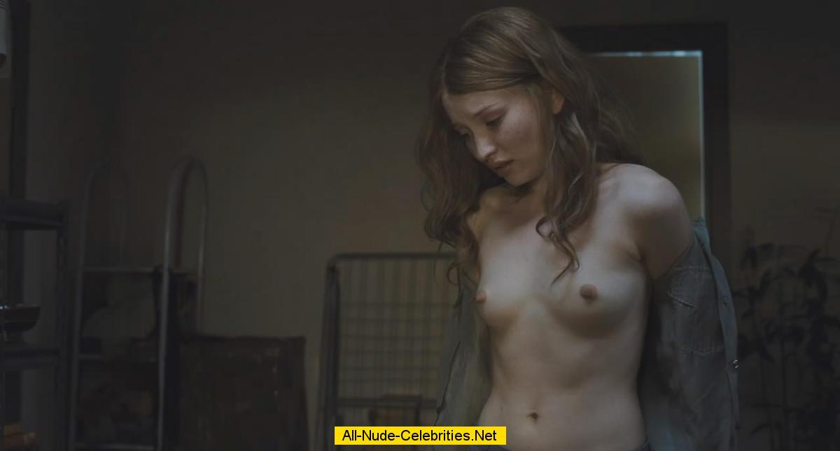 Эмили бичем фото голая