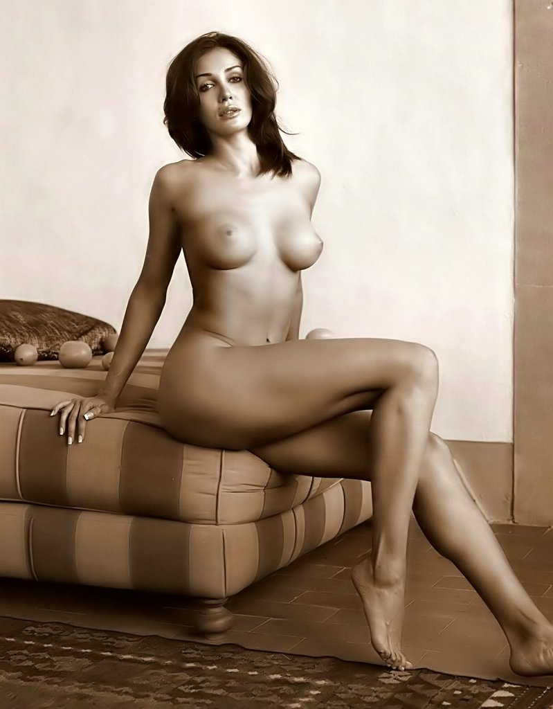 Tamil nude aunty images