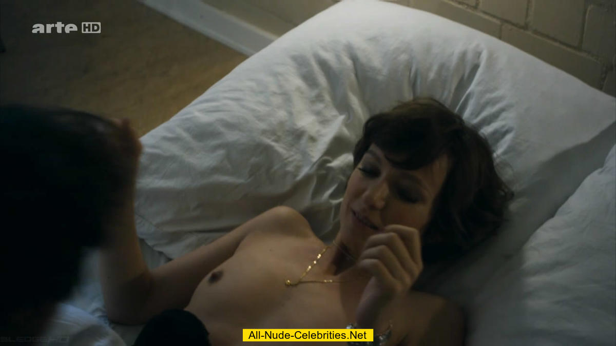 Shorthaired redhead hairy pussy