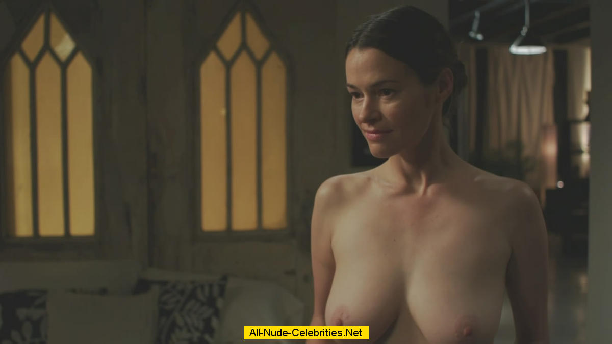Leisha Hailey Nude