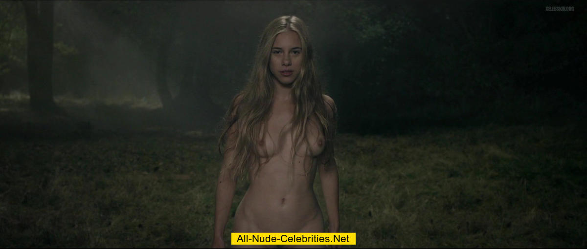 anne curtis naked or nude
