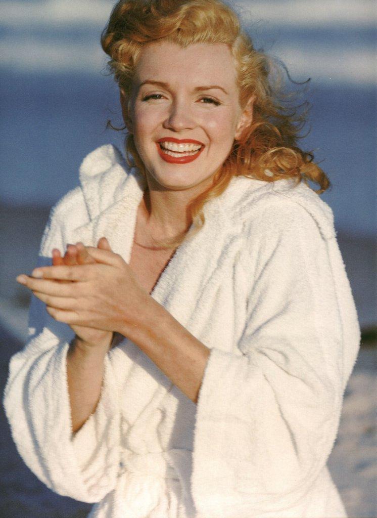 Marliyn Monroe Nude