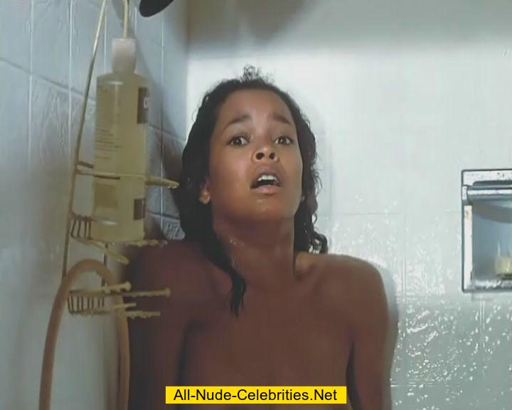 ola ray naked under shower vidcaps